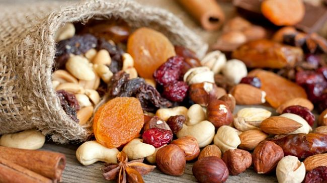 Nuts and dried fruits are rich in iron