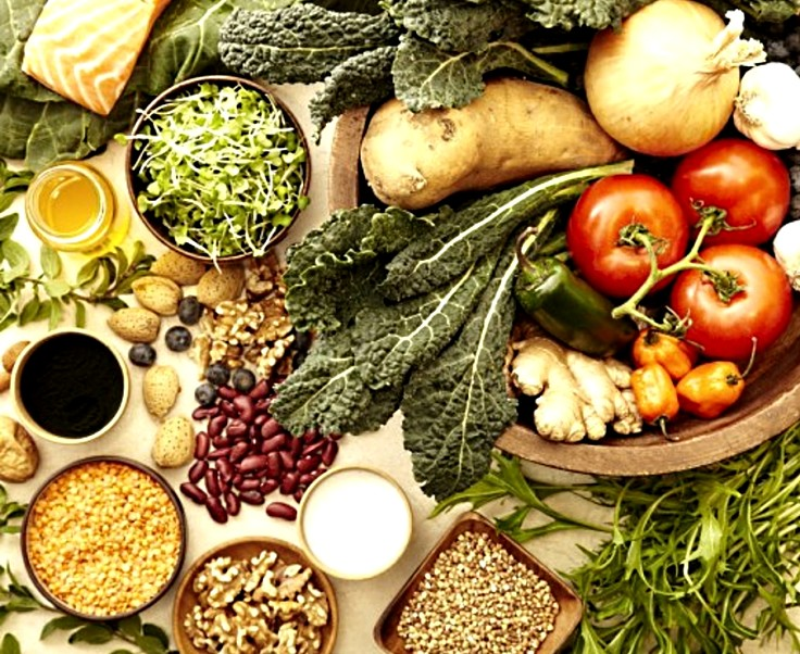 Fresh local produce and with plenty of variety provides the basis of a healthy Mediterranean diet