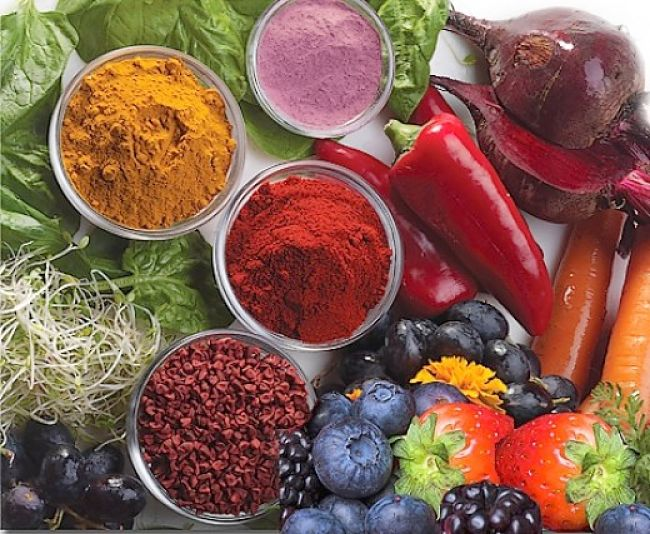 Many foods have rich natural colors which you can use in ccoking and when preparing meals